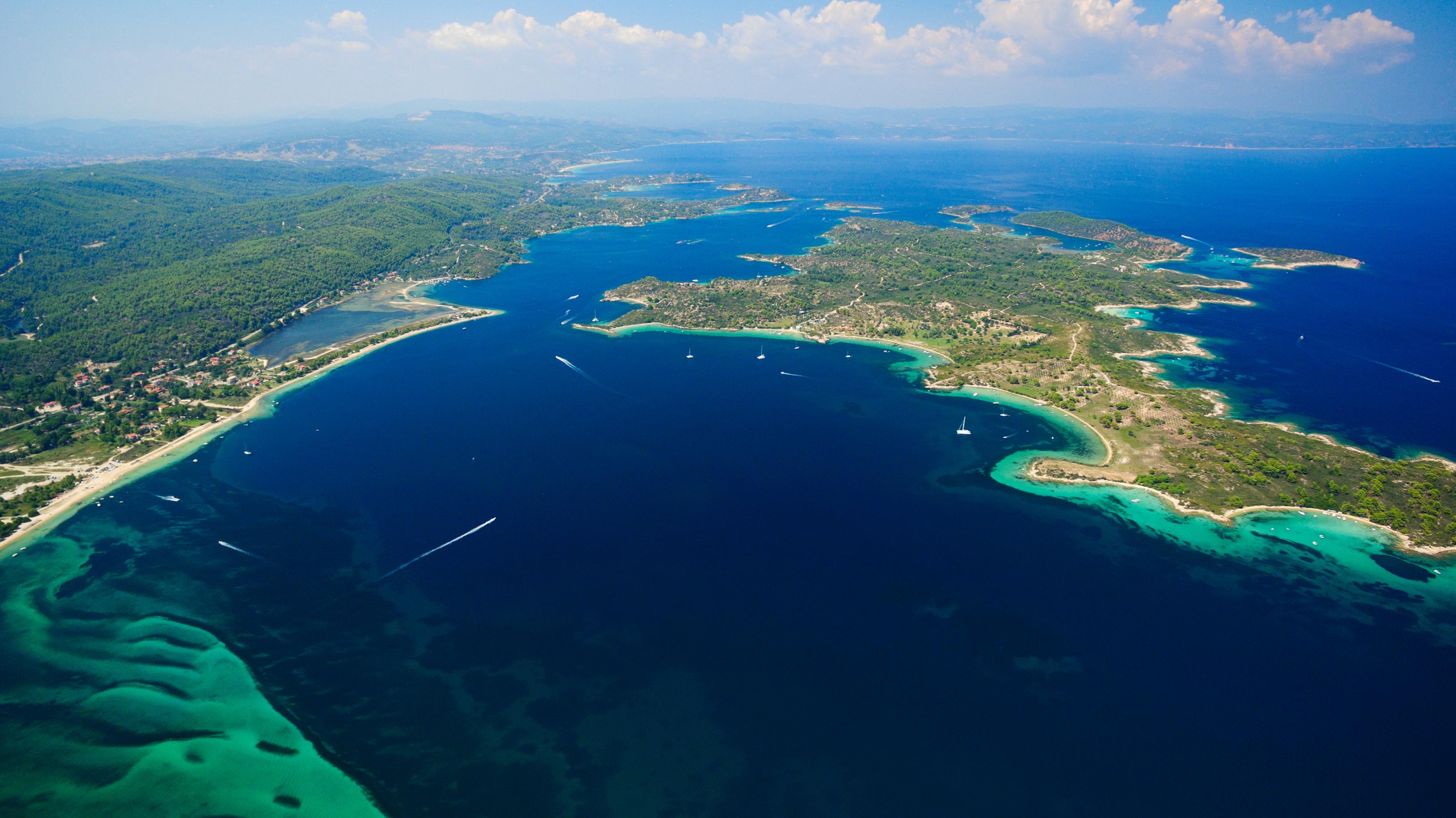Diaporos Island (1)